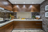 Cánh kính cho tủ bếp sang trọng, hiện đại