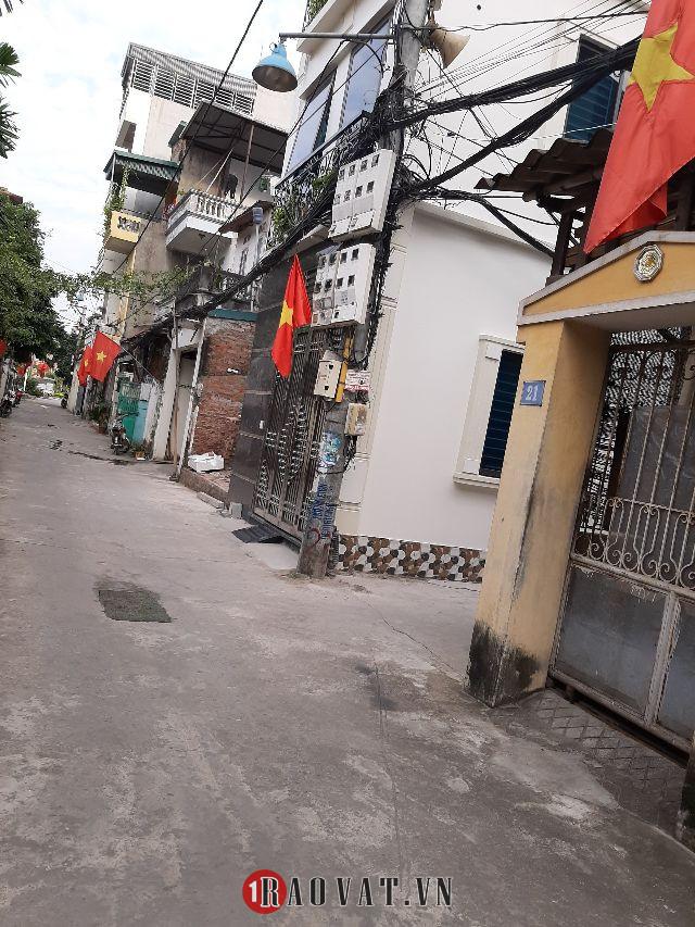 Bán nhà quận Long Biên, khu phân lô quân đội, ô tô, giá bán 3.8 tỷ