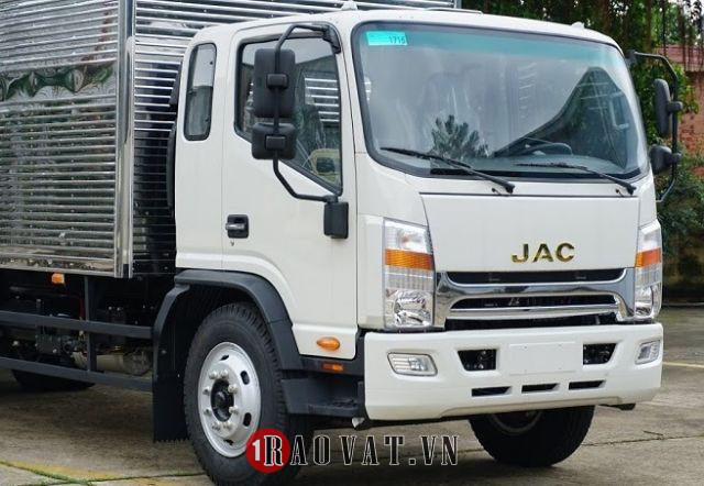 Xe tải JacN800 thùng dài 7,6 tải trọng 8 tấn tiêu chuẩn
