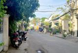 - Nhà bán hẻm xe tăng 300 Nguyễn Văn Linh, lầu, giá 6,7 tỷ LH;0911779116