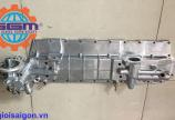 Nắp sin hàn động cơ ISUZU 6SD1